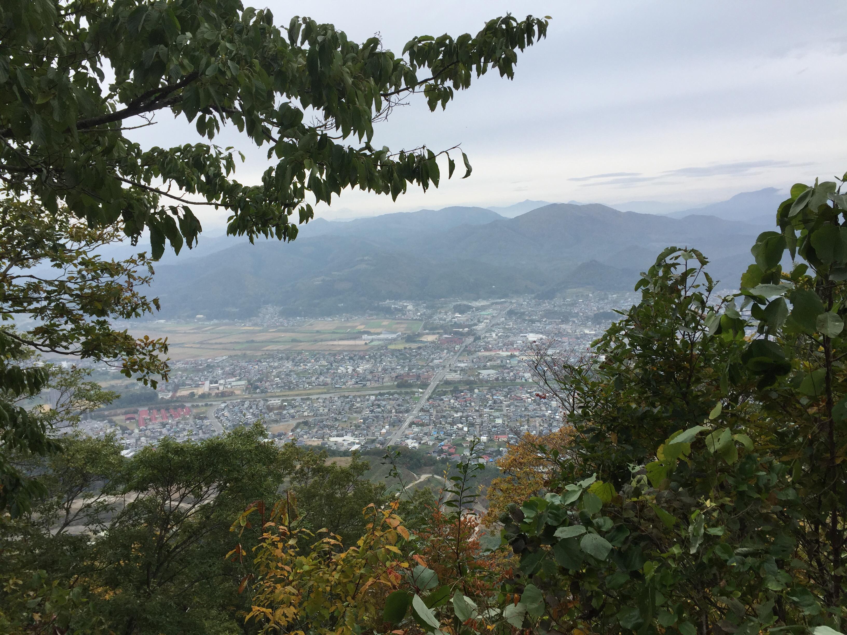山形百名山 三吉山 山頂 頂上 眺望 展望