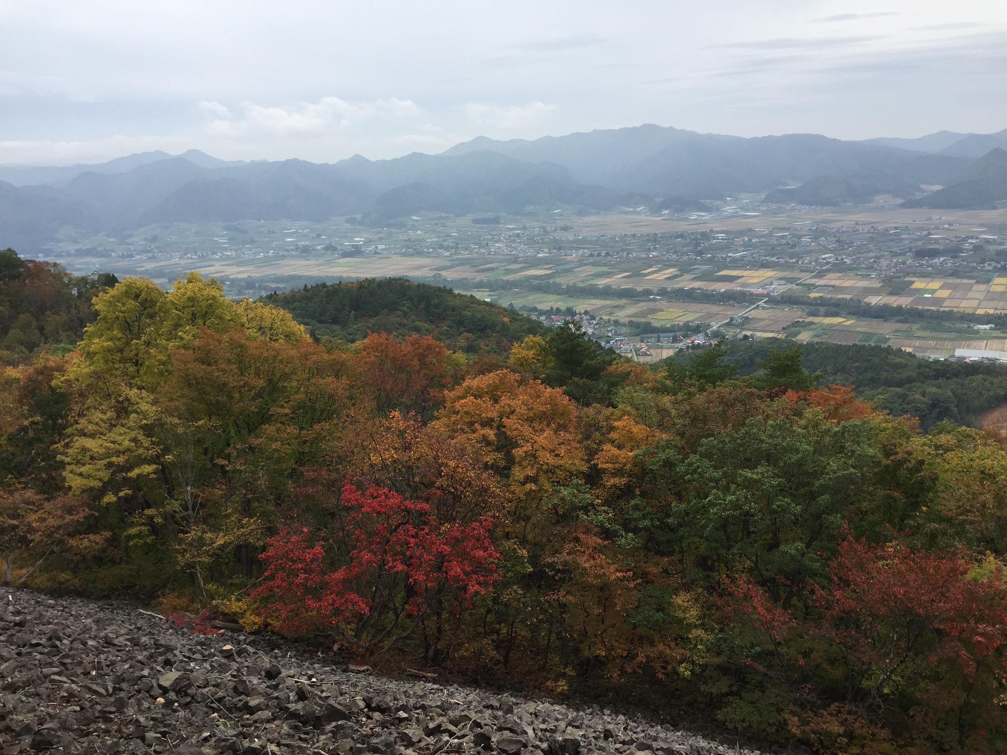 山形百名山 三吉山 岩海