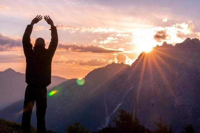 低山から高山まで、標高に合わせた登山ステップアップ計画
