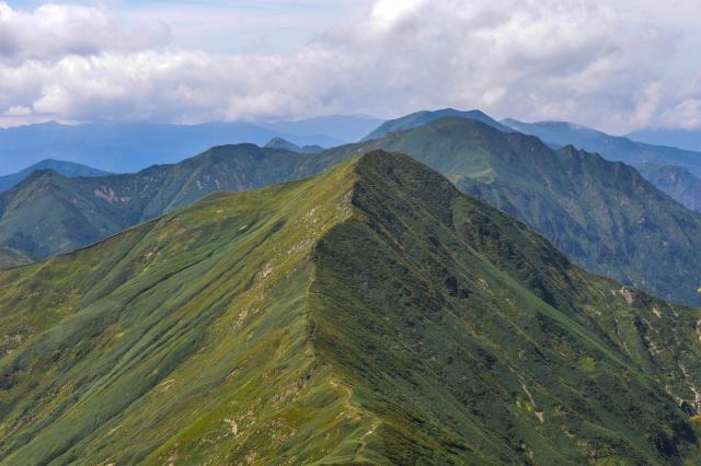 谷川岳 稜線 日本百名山 尾根