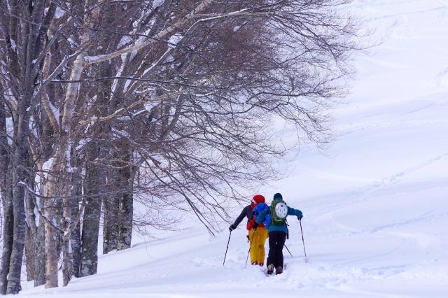 軽アイゼンなしでの雪山登山、ツボ足で山登りをする場合の上手な歩き方