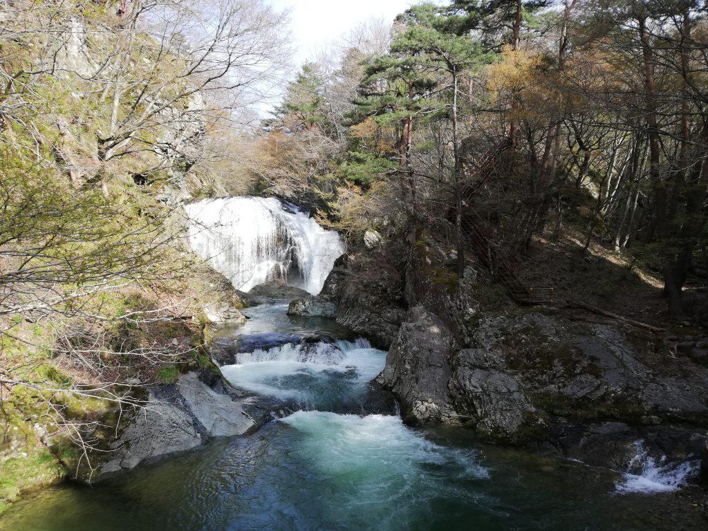 宮城県 大滝ドライブイン泉や