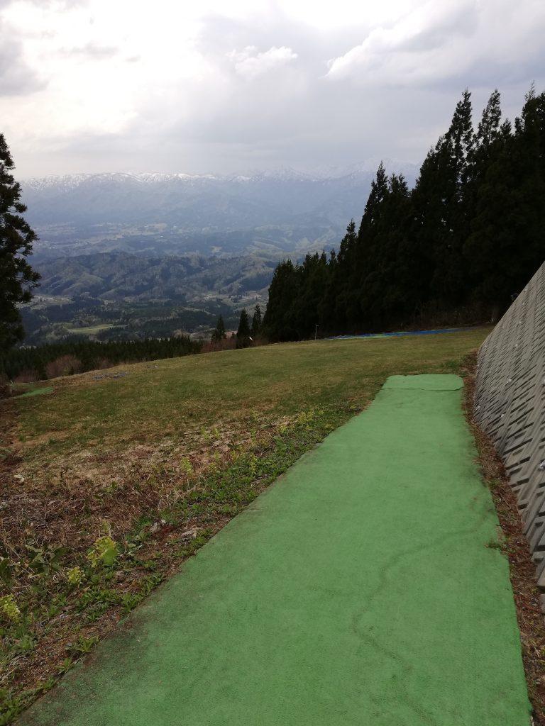 白鷹山 山形百名山 登山道 気象観測所
